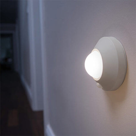 Deckenlampe: Bewegungsmelder mit Batterie