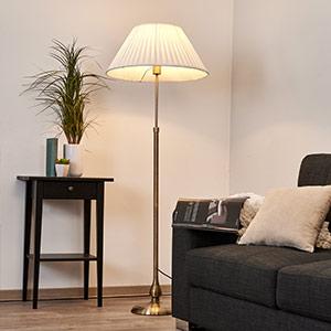 Leilan - Stehleuchte mit Stoffschirm, E27 LED