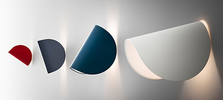 IO - trendige LED-Wandleuchte