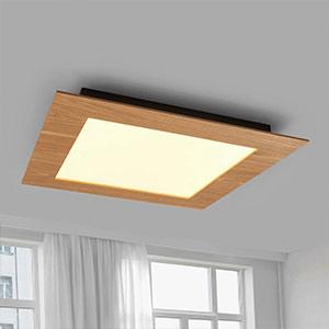 Quadratische Deckenlampe im Landhausstil