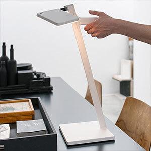 Nimbus Roxxane Leggera LED-Tischlampe, weiß
